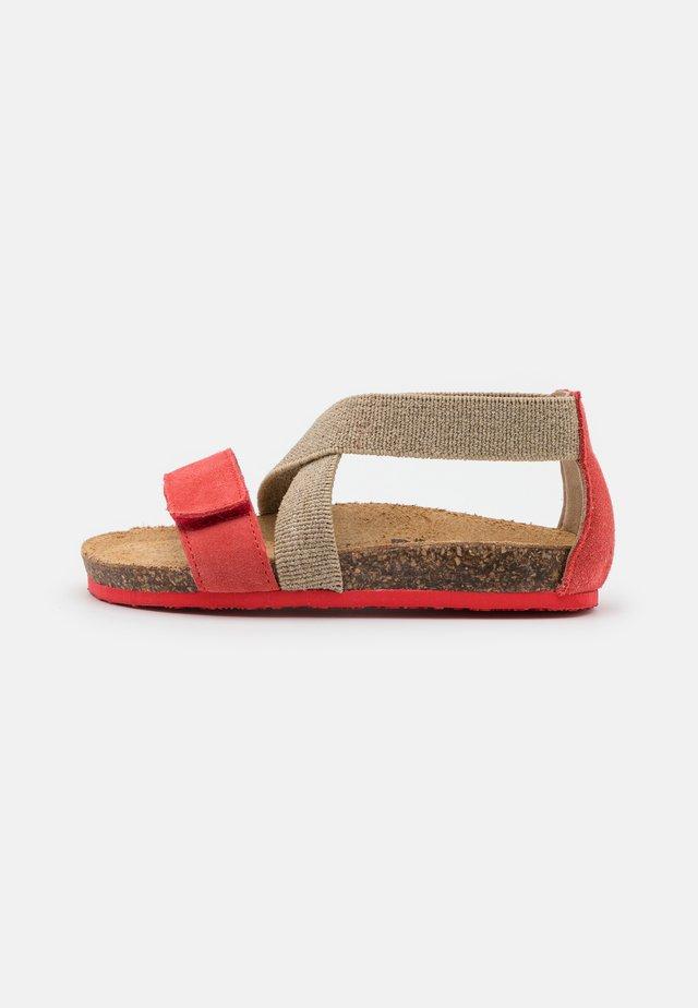 Sandaalit nilkkaremmillä - mango/beige