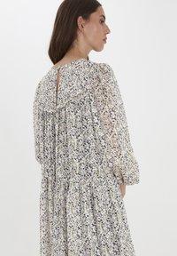 ICHI - Day dress - cloud dancer flower print - 2