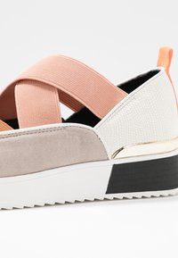 River Island - Loafers - pink light - 2