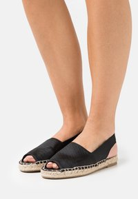 Vero Moda - VMKERA  - Sandals - black - 0