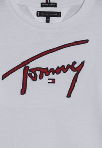Tommy Hilfiger - SIGNATURE TEE - Langarmshirt - white - 3