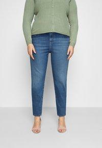 Levi's® Plus - 724 PL HR STRAIGHT - Straight leg jeans - rio frost plus - 0