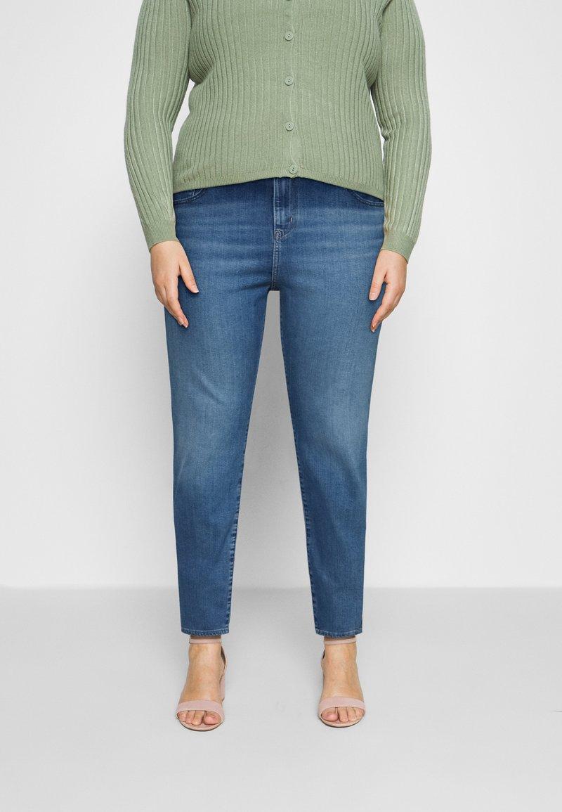 Levi's® Plus - 724 PL HR STRAIGHT - Straight leg jeans - rio frost plus