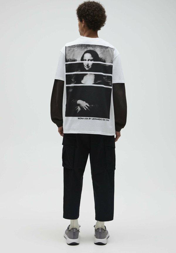 PULL&BEAR T-shirt z nadrukiem - white/biały Odzież Męska RRKN