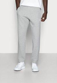 adidas Originals - TREFOIL PANT UNISEX - Pantalon de survêtement - mottled grey - 0