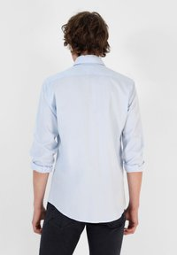 Scalpers - Shirt - skyblue - 1