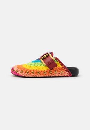 OZARK - Pantofle - multicolor