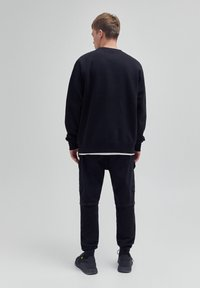 PULL&BEAR - Sweatshirt - black - 2