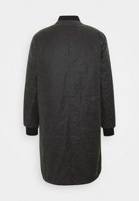 Brixtol Textiles - D.W BOMBER - Krátký kabát - grey - 1