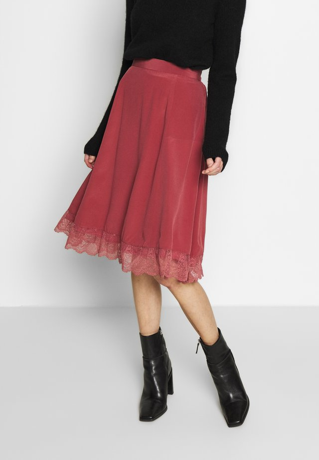 ANI - A-line skirt - roan rouge