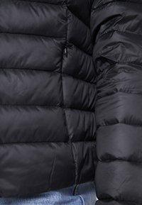 Zalando Essentials - Bunda zprachového peří - black - 4