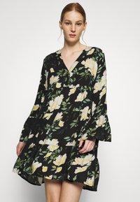 ONLY - ONLFAYE SHORT DRESS  - Shirt dress - black/cloud dance - 0