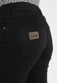 LOIS Jeans - RAVAL LEA SOFT COLOUR - Bukse - black - 5