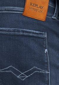 Replay - ANBASS HYPERFLEX REUSED X LITE - Jeans Tapered Fit - dark blue denim - 5