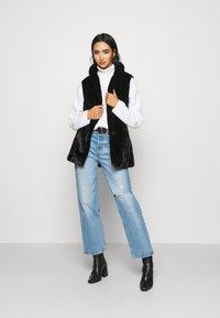 ONLY - ONLOLLIE WAISTCOAT - Waistcoat - black - 1