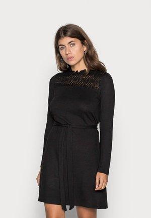 VMMALENA SHORT DRESS - Neulemekko - black