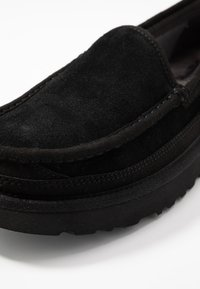 UGG - DEX - Chaussons - black - 5