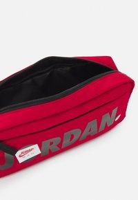 Jordan - JUMPMAN BAG - Bum bag - gym red - 2