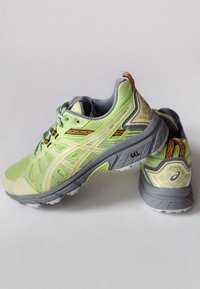 ASICS SportStyle - HN1-S GEL-VENTURE™ 7 - Trainers - lime green/huddle yellow - 3