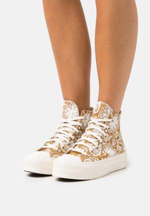 CHUCK TAYLOR ALL STAR LIFT - Sneakers hoog - wheat/egret/black