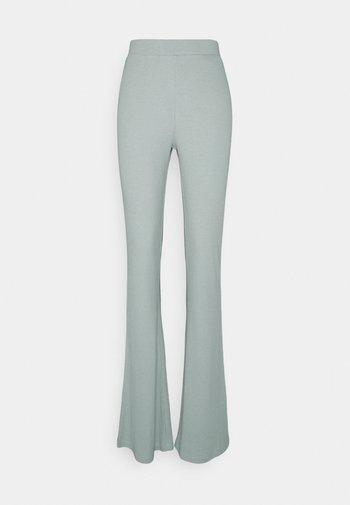 NMPASA FLARED PANTS TALL - Bukse - slate gray