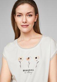 s.Oliver BLACK LABEL - T-shirt print - white placed print - 3