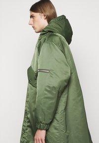 YMC You Must Create - HUNTER - Zimní kabát - olive - 3