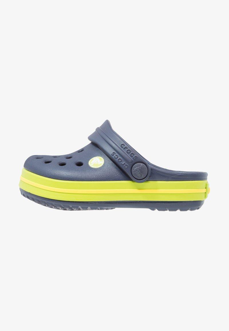 Crocs - CROCBAND - Sandały kąpielowe - navy/volt green