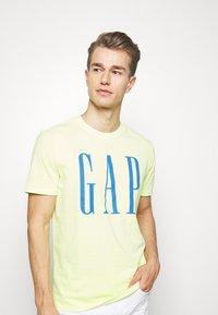GAP - LOGO - Print T-shirt - wild lime - 3