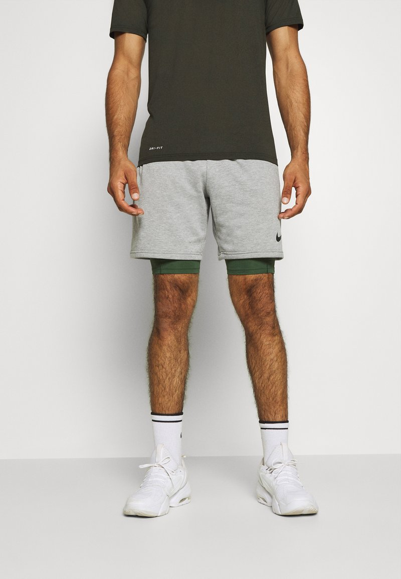 Nike Performance - SHORT LONG - Medias - galactic jade/black