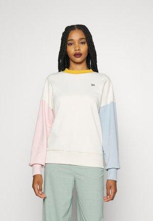 DOWNTOWN OVERSIZED CREW - Sweatshirt - ivory glow