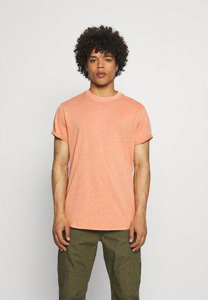 LASH  - T-shirt basic - light paste gd