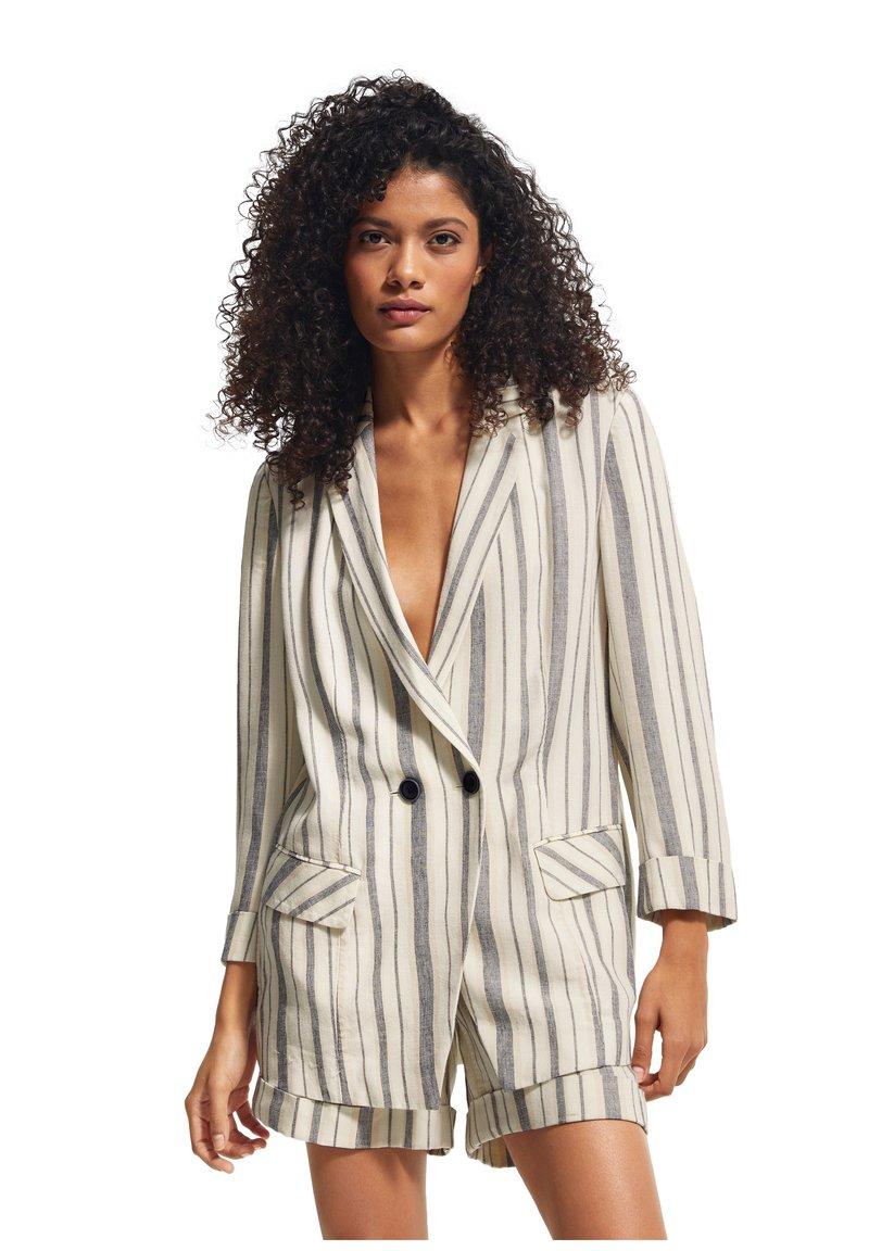 comma casual identity - RETRO - Short coat - white woven stripes