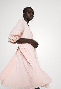 Bruuns Bazaar - KALATEA ALLURE DRESS - Day dress - misty rose - 3