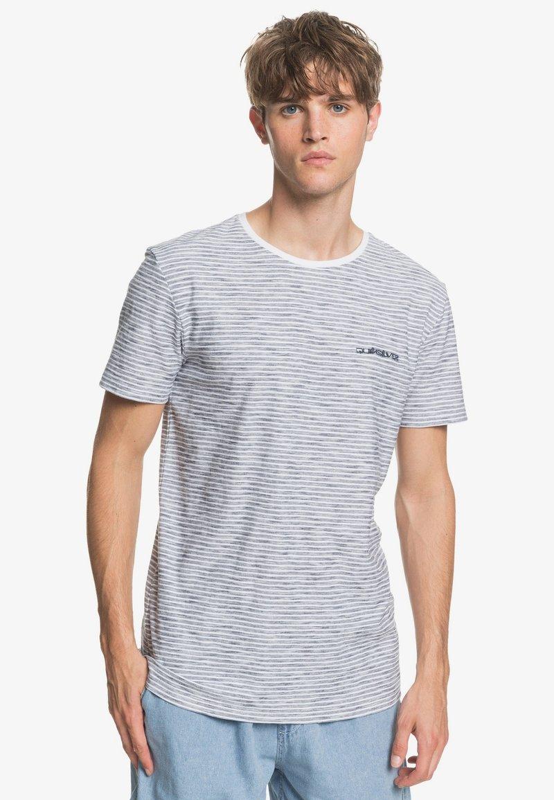 Quiksilver - KENTIN - Print T-shirt - white