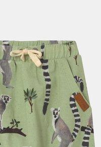 Walkiddy - LEMUR BAGGY - Trousers - green - 2