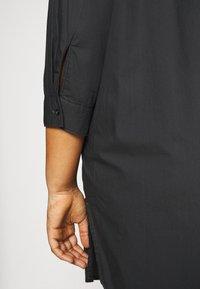 ONLY Carmakoma - CARLANE LIFE LONG SHIRT - Button-down blouse - phantom - 4