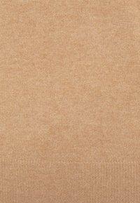 pure cashmere - CLASSIC CREW NECK  - Strikkegenser - dark beige - 2