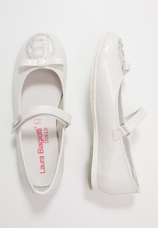 Ankle strap ballet pumps - silver