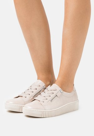 Trainers - puder/beige