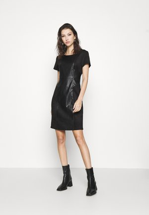 ONLELISA MIX DRESS - Kjole - black