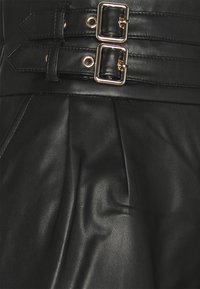 River Island Petite - Shorts - black - 2