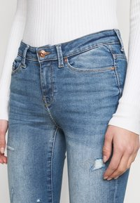 ONLY Tall - ONLCARMEN LIFE TALL - Jeans Skinny Fit - medium blue denim - 4