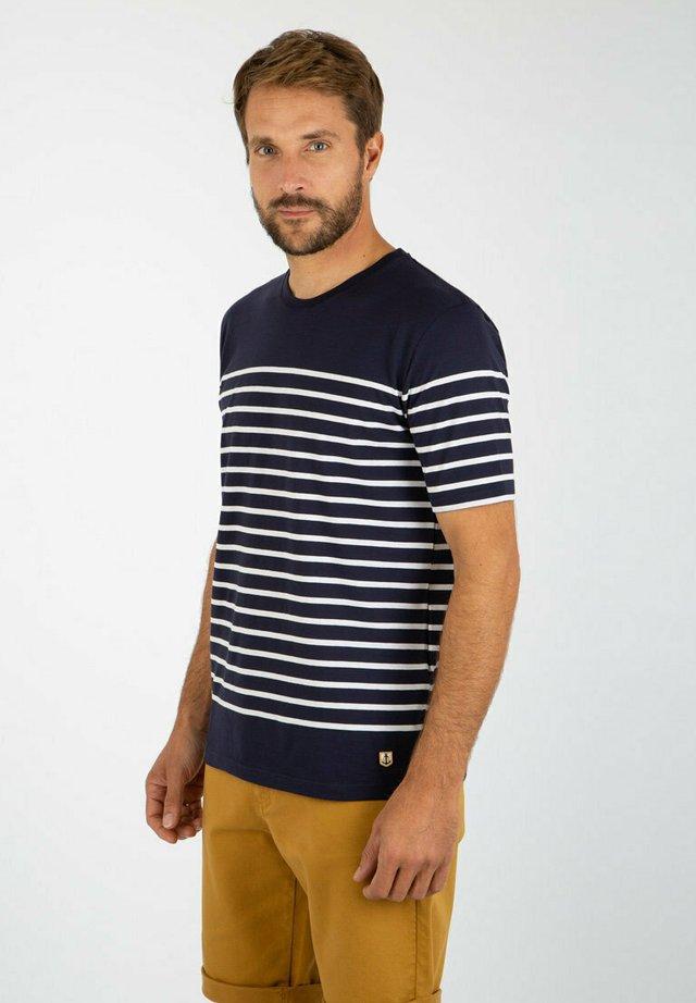 ETEL - MARINIÈRE - T-SHIRT - T-shirt imprimé - navire/blanc