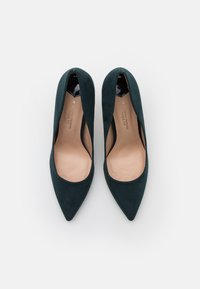 Dorothy Perkins Wide Fit - WIDE FIT DELE POINT STILETTO - Classic heels - teal - 5