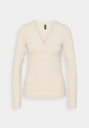 YASBLAX BUTTON - Long sleeved top - tapioca