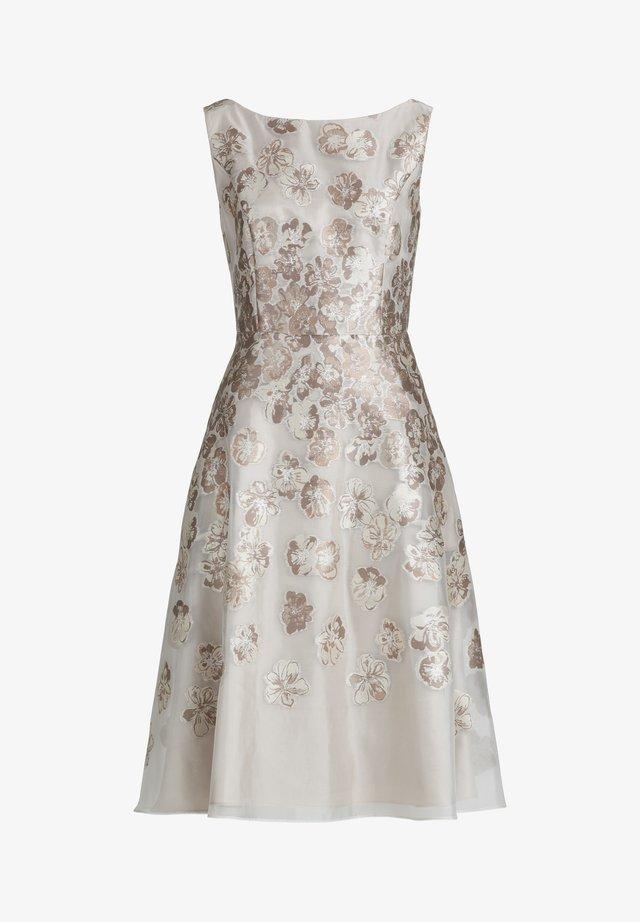 MIT EFFEKTGARN - Cocktail dress / Party dress - cream shades