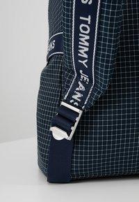 Tommy Jeans - LOGO TAPE RIPSTOP BACKPACK - Plecak - blue - 8