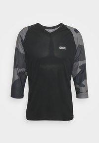 Gore Wear - TRAIL - Print T-shirt - black/dark graphite grey - 0