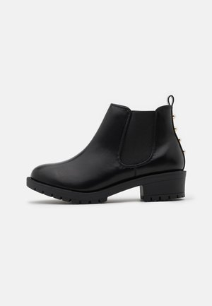 WIDE FIT BIAPEARL CHELSEA BOOT - Botines bajos - black